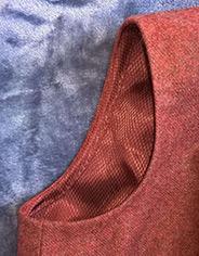 Обработка проймы в платье на подкладке