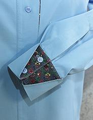Манжета с отворотом и шлица на рукаве рубашки