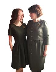 Складки по линии талии платья, продублированные подкладкой