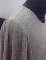 Обработка горловины трикотажных изделий косым кантом