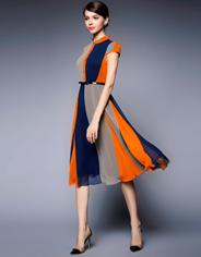Полосатое платье от Gyalwana